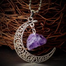 necklace-crescent-moon-natural-stone-crystal-necklace-10_grande.jpeg